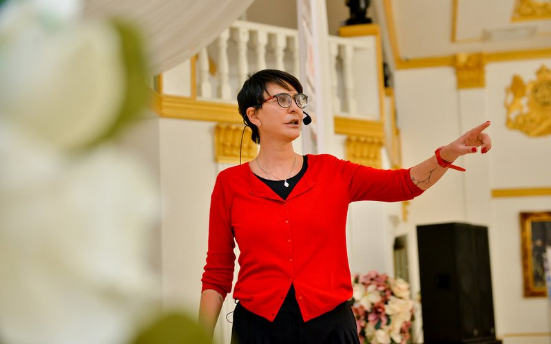 Ирина Хакамада даст в Брянске легендарный мастер-класс «Драйв, кайф и карьера»