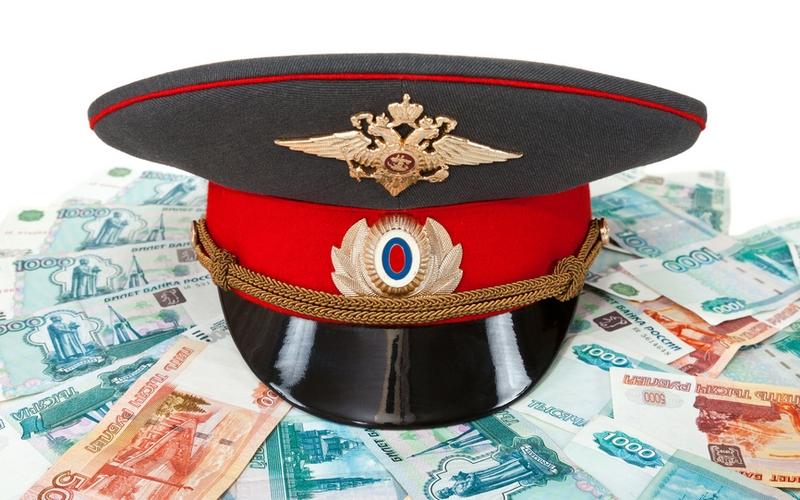 Вынесен приговор брянскому полицейскому-взяточнику