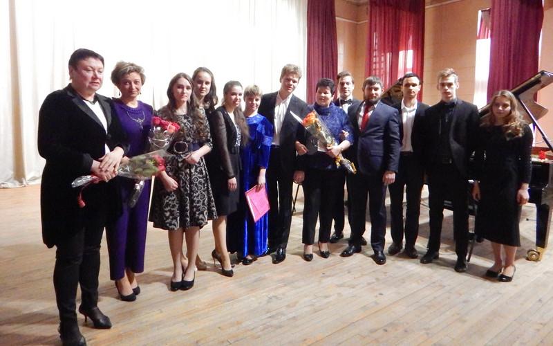 XXX фестиваль имени Рославца и Габо в Брянске начали молодые музыканты