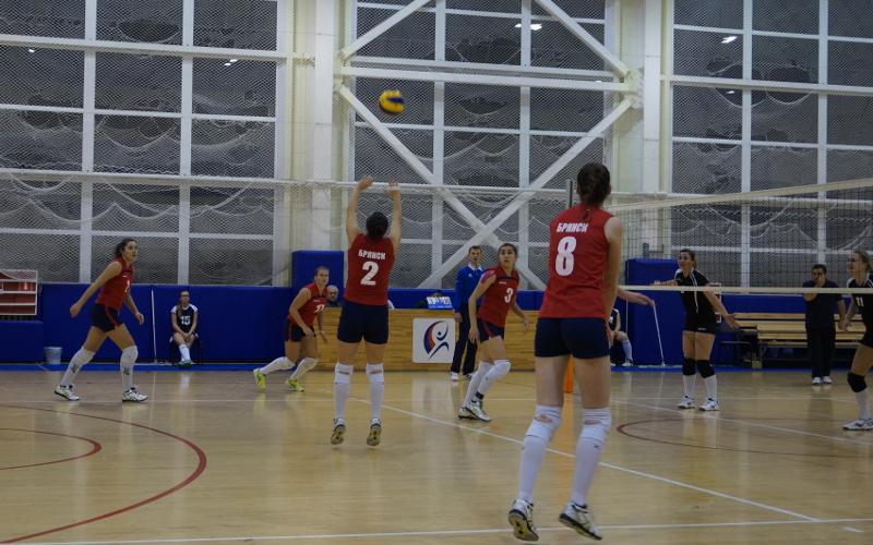 Брянские волейболистки остановились на десятом месте