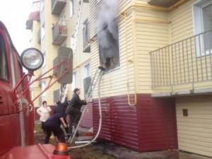 В Кыштыме вспыхнул жилой дом: 2 ребенка в реанимации