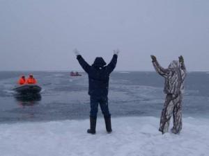 50 южноуральских рыбаков едва не потонули массово на льдине