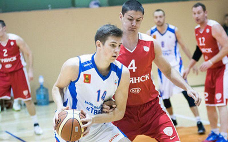 Брянские баскетболисты вышли вфинал первенства Центрального округа