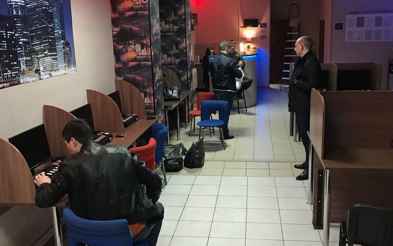 За сутки в Брянске ликвидировали семь игровых салонов