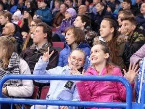 Рекорд посещаемости установлен на юниорском чемпионате мира по хоккею на Южном Урале