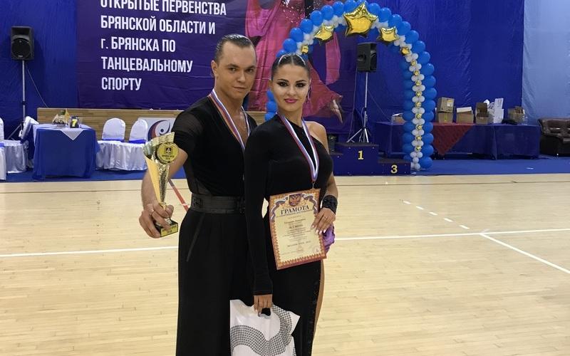 Танцоры Сергей Минаев иАнгелина Трошина выиграли Bryansk Open 2018