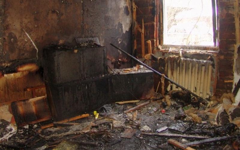 В Жуковке на Пасху в собственном доме едва не сгорела женщина