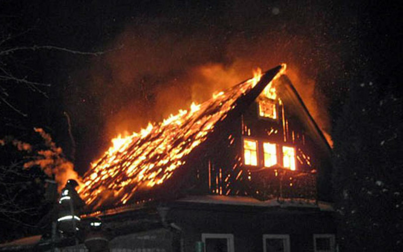 В Погарском районе при пожаре погибли двое детей