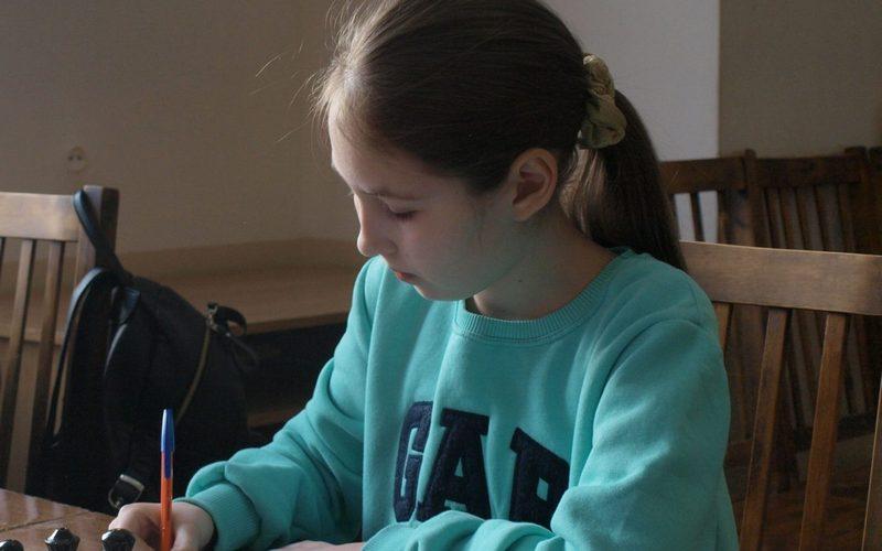 Брянская школьница выиграла «Кубок регионов» по шахматам