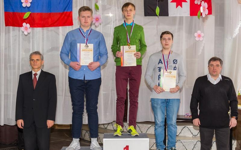 Брянец Иван Псурцев выиграл первенство России по стоклеточным шашкам