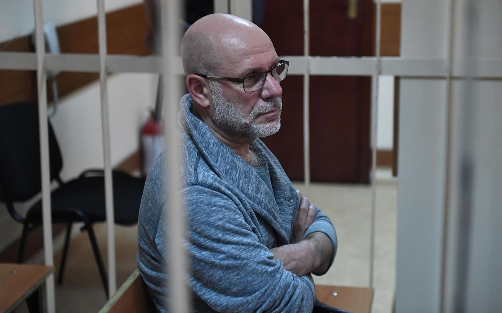 Экс-директора «Гоголь-центра» переведут под домашний арест