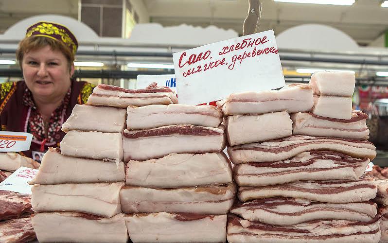 НаКлинцовском рынке изъяли 33 килограмма сала