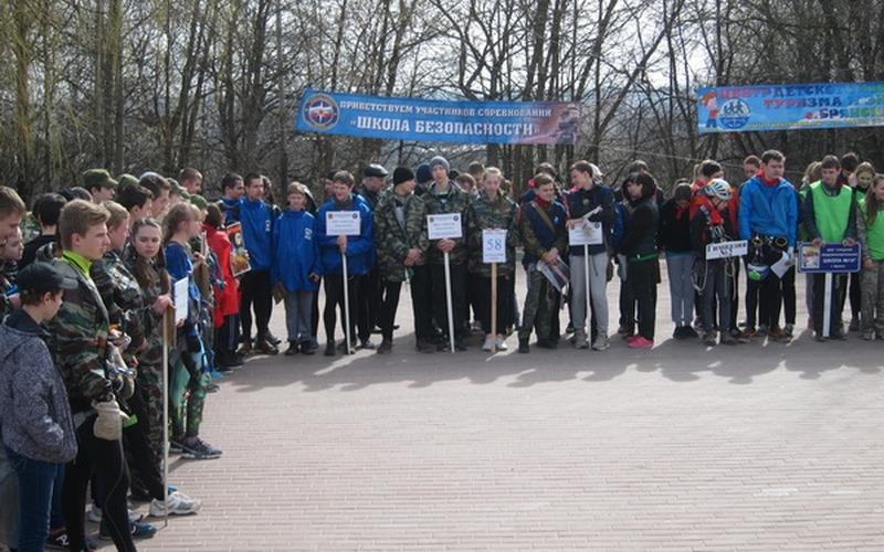 Брянские школьники померятся силами в финале «Юных спасателей»