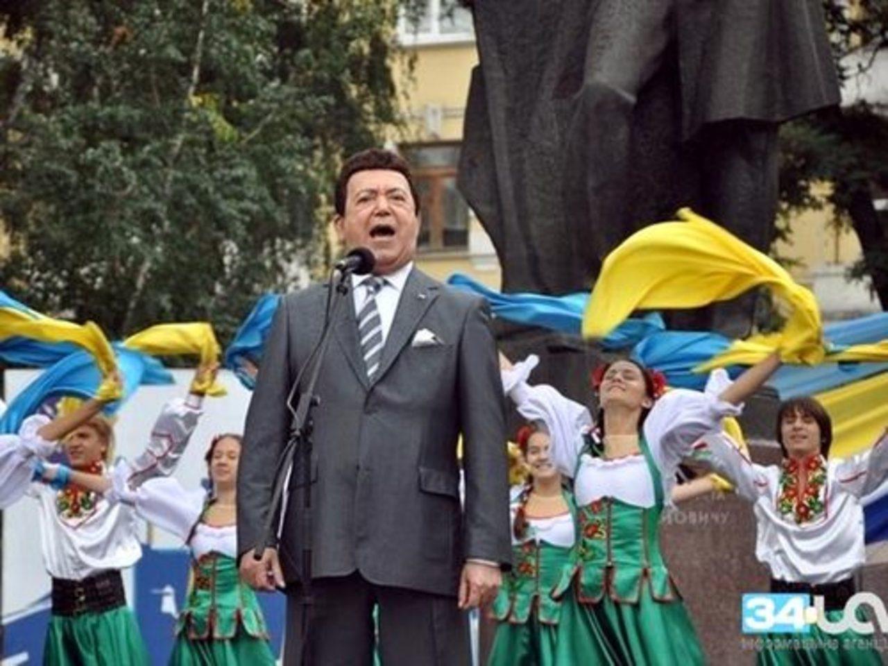 Украина лишила Кобзона госнаград. Всех