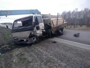 Водитель ВАЗа без прав погиб в лобовом столкновении с грузовым «Ниссан»