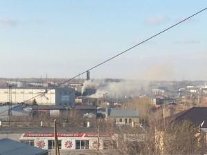 Дымит и воняет промзона на улице Куйбышева