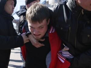Последних участников протестного митинга на Алом поле задерживали поголовно