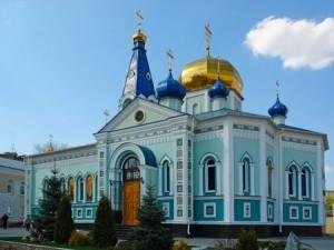 Движение в Челябинске остановят на Свердловском проспекте из-за крестного хода