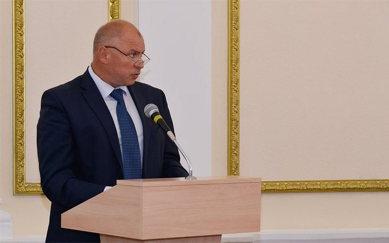 Обвиняемого вкоррупции брянского чиновника Сафонова выпустили под домашний арест