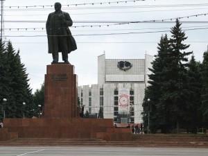Трибуны и памятник Ленину на площади Революции ждет глобальное обновление