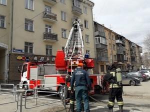 Квартира сгорела над магазином. Эвакуировали пятерых