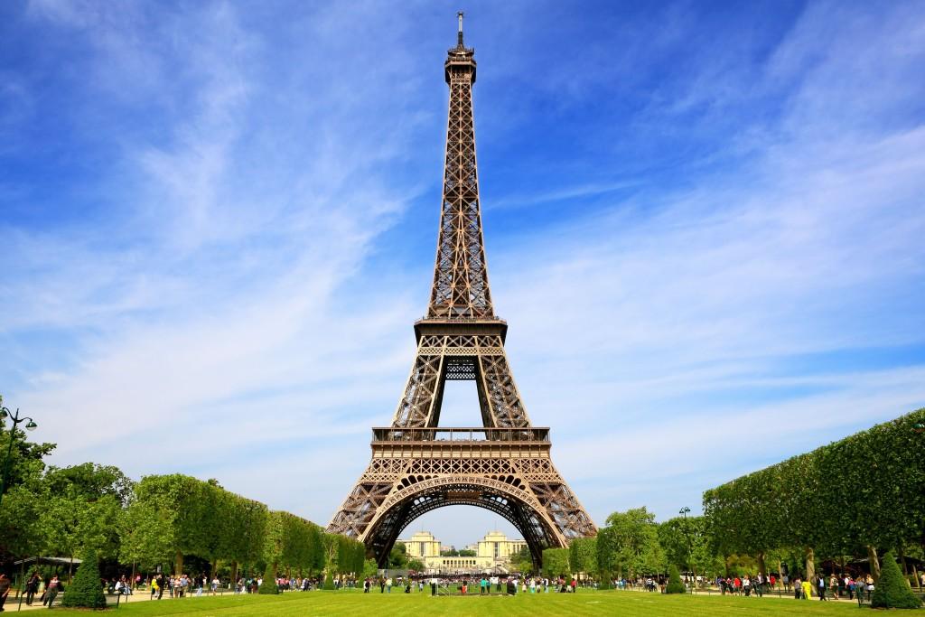 Туры во Францию из Беларуси с «Санни Трэвел»