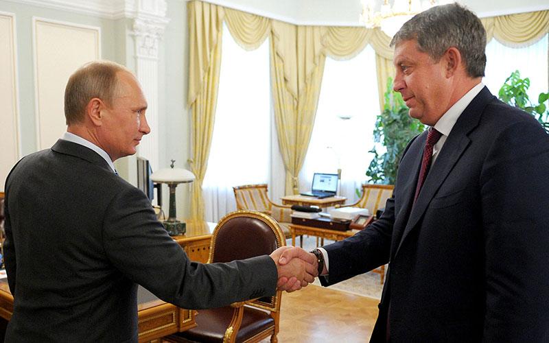 Путин поздравил Богомаза с Днем Победы
