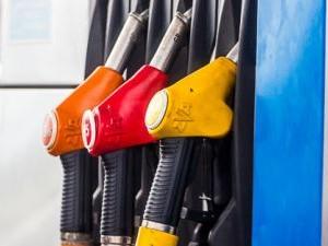 Водители Челябинска предлагают протестовать против роста цен на бензин
