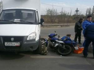 Скутер попал под ГАЗ