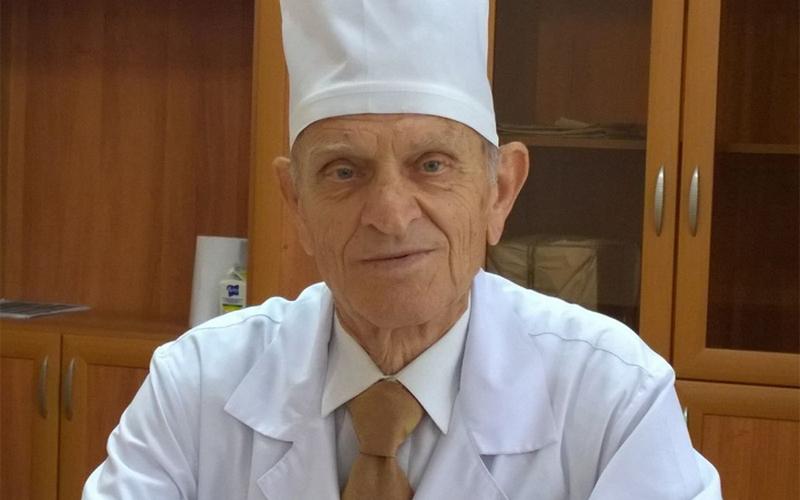 Врач Дмитрий Лазобко стал двадцатым действующим почетным гражданином Брянска