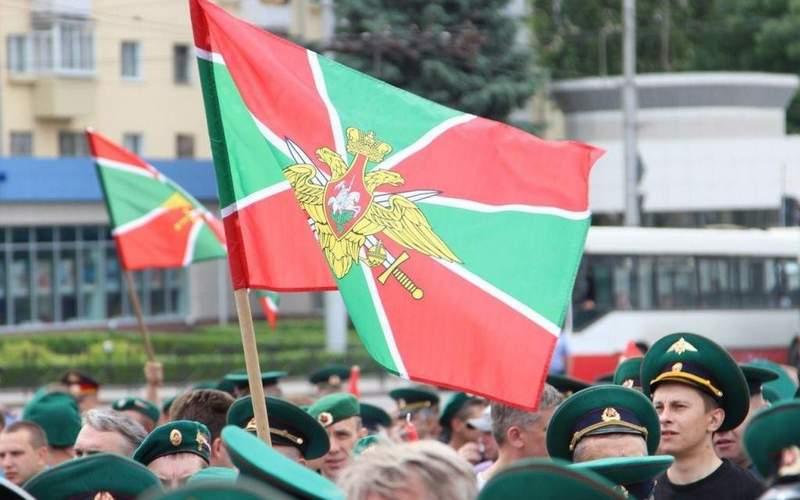 В День пограничника в Брянске ограничат движение транспорта
