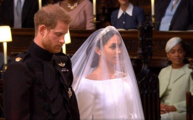 Свадьба года: принц Гарри иМеган Маркл поженились вВиндзоре