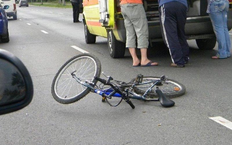 Две велосипедистки на Брянщине пострадали из-за наездов автомобилей