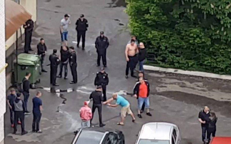 Видео пьяных разборок упитейных заведений Брянска шокировало горожан