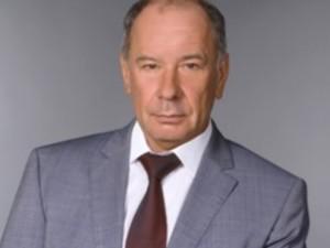 Уходит в отставку Михаил Буренков. Более 30 лет проработал он в администрации Советского района Челябинска