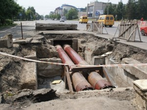 Улицу Сони Кривой перекрыли для строительства газопровода