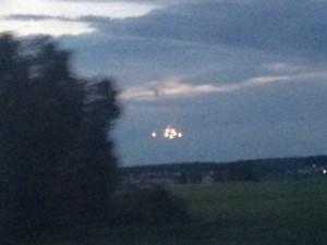 Армада «загадочных огней» в небе Южного Урала попала на видео
