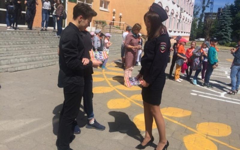 В Брянске юных байкеров пугали снимками с мест ДТП