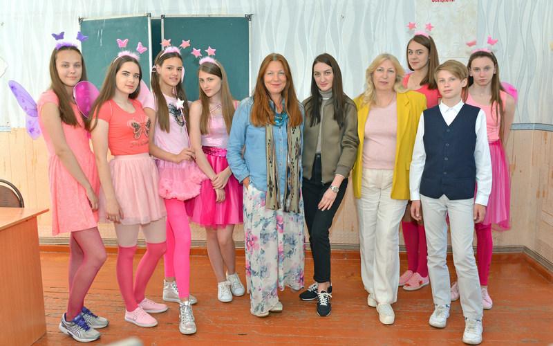 Театр моды «Образ» выступил вКлимовском доме-интернате