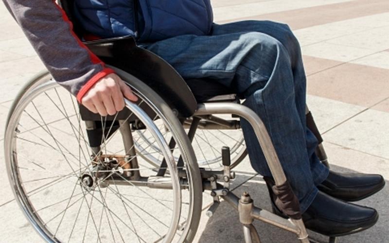 Руководство климовских магазинов забыло об инвалидах