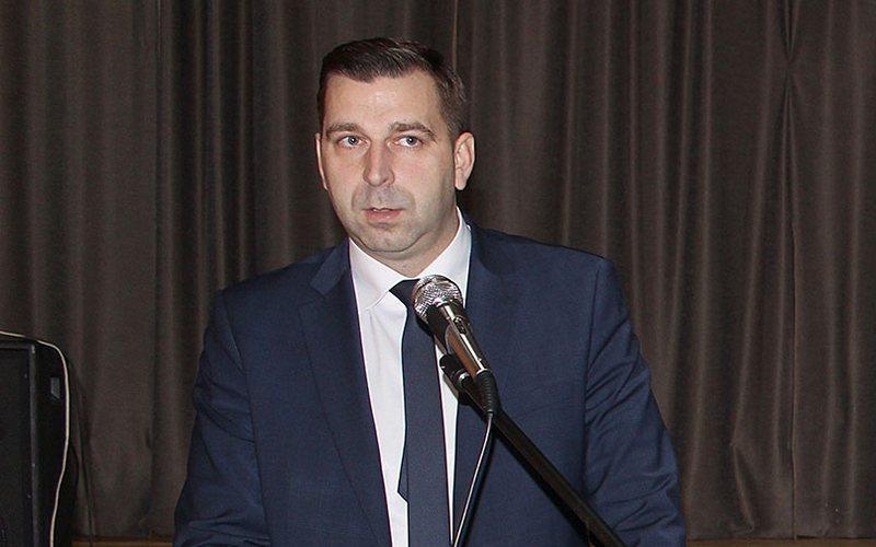 Глава администрации Почепского района Максим Морозов подал в отставку