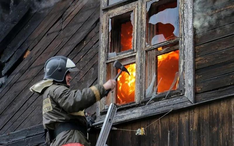 В сгоревшем под Трубчевском доме нашли труп пенсионера