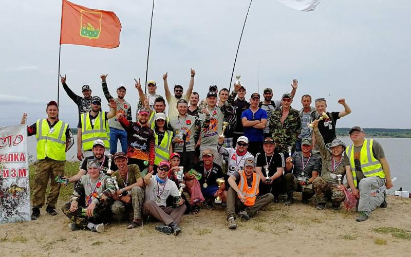 Рыбаки выявили в Брянске самых удачливых по ловле рыбы на спиннинг