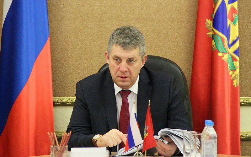 Брянский губернатор заметно поднялся в майском медиарейтинге