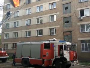 В Металлургическом районе загорелось бывшее общежитие