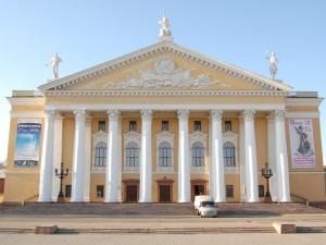 Недоступная среда Челябинска: как инвалид в театр сходил
