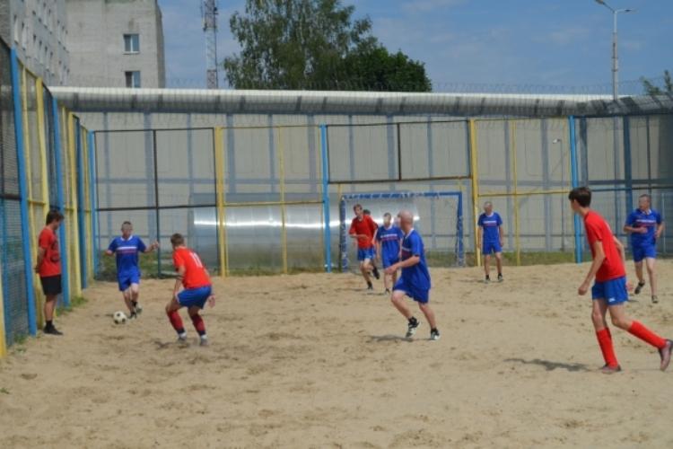 В Брянских исправительных учреждениях прошли матчи по мини-футболу