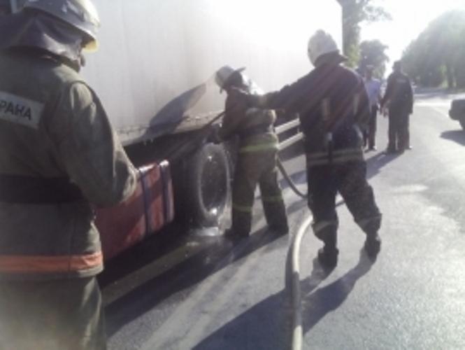 Вчера в Карачевском районе загорелся грузовик