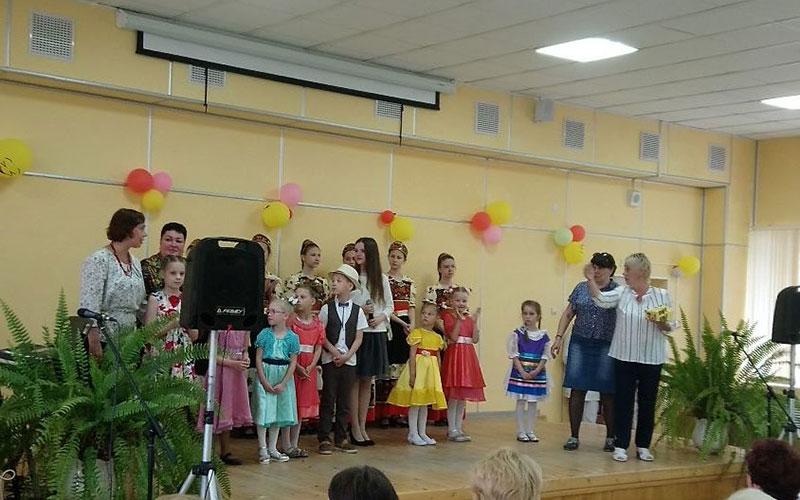 День медработника вБрянской областной детской больнице отметили концертом