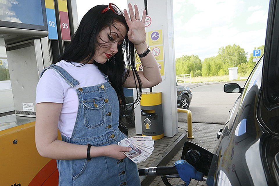 Брянцы могут сообщить о фактах завышения цен на топливо